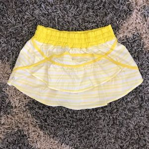 Lululemon Track Attack ruffle Sizzle/Yellow 6
